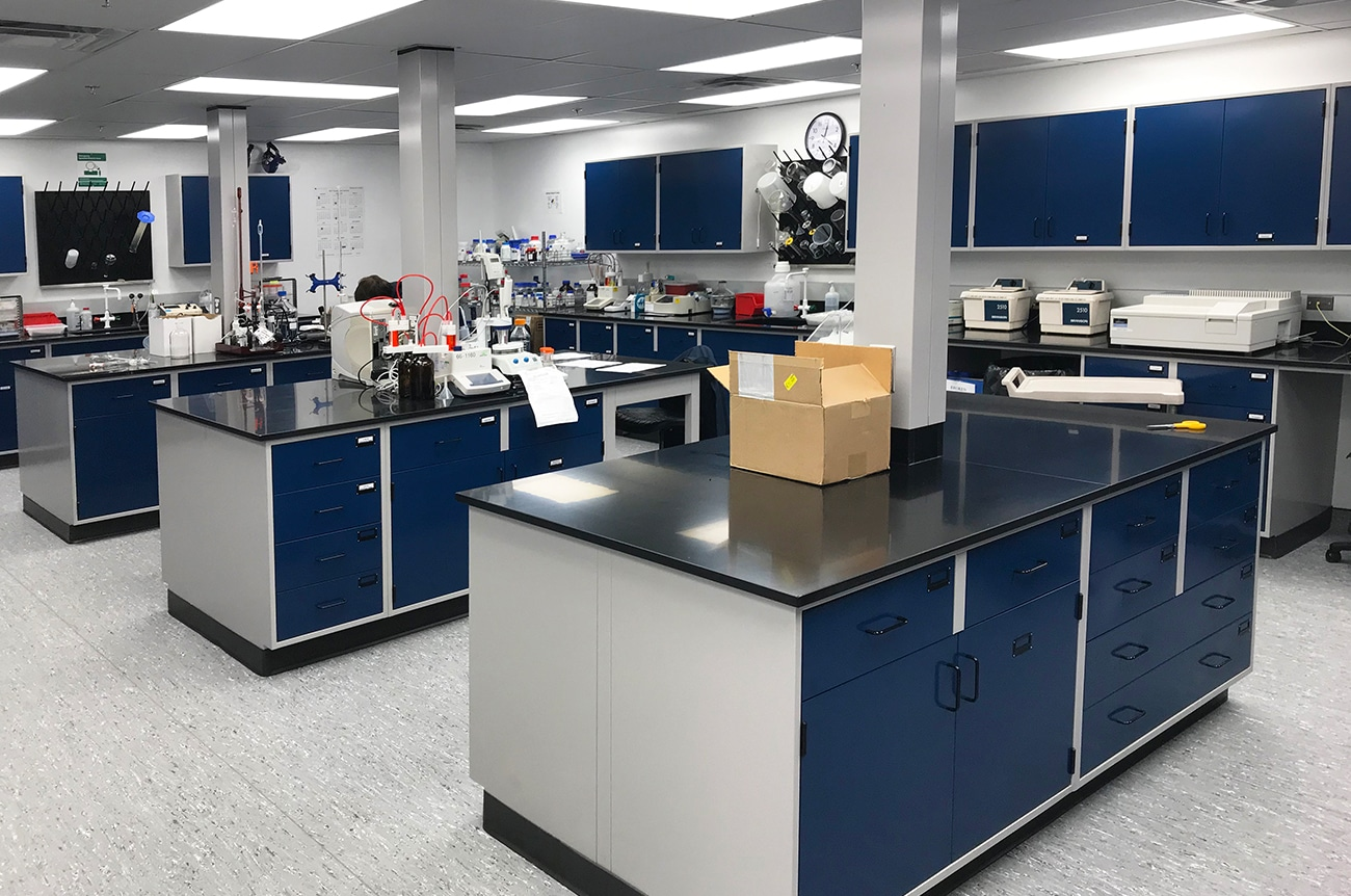 B+L Chem Lab Photos for Website – 3